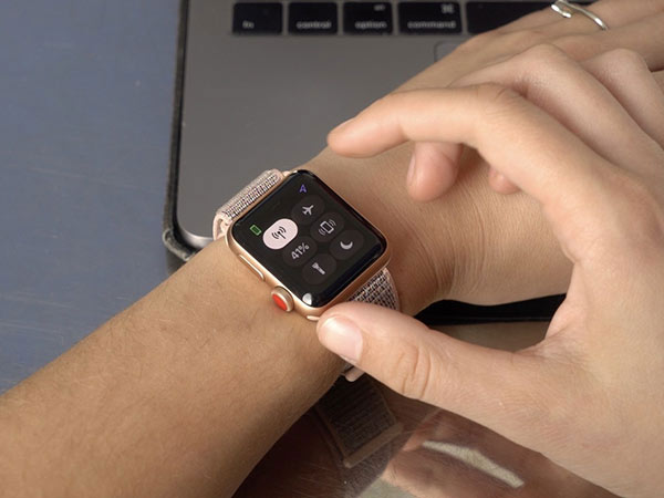 apple-watch-serie-3-Reggio-Emilia